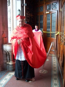 pell red robe